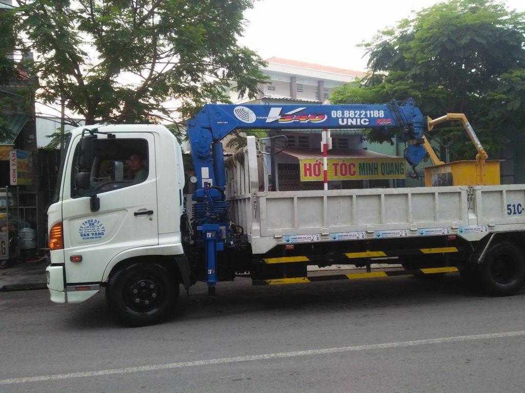 Cho thuê xe cẩu người thành phố Hồ Chí Minh 0916357499