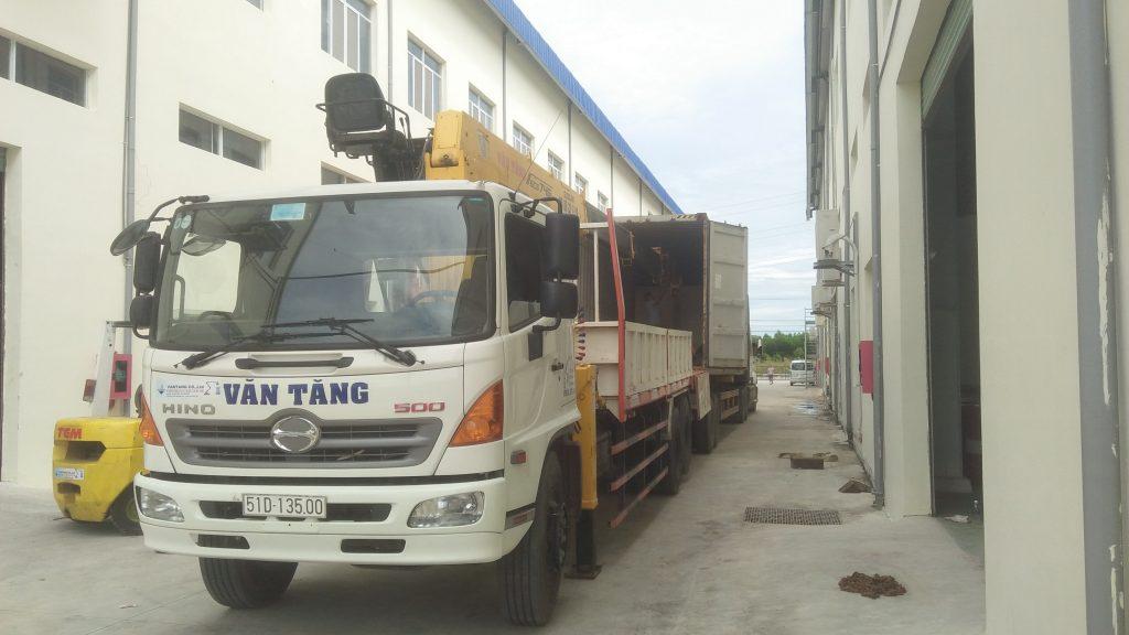 Cho thuê xe cẩu Bình Dương Long An Bình Phước HCM